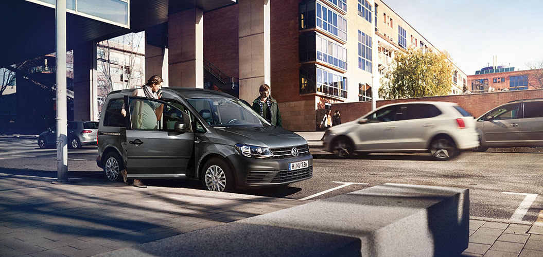 Экстерьер Volkswagen Caddy (Фото 5)
